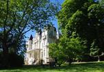 Location vacances Neuillé - Gites Au Chateau Bouvet Ladubay-3