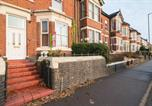 Location vacances Newcastle-under-Lyme - London Villa-2