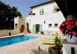 Hôtel Levens - La Villa des 4 Temps-4