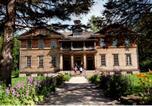 Hôtel Mashteuiatsh - Village Historique de Val-Jalbert-4
