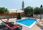 Location vacances Tar - Holiday home Tar Sv.Martin-2