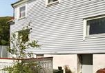 Location vacances Florø - Three-Bedroom Holiday home in Tansøy-1