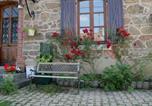 Location vacances Joux - Le Gîte des Bois-2