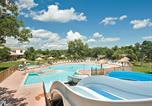 Camping avec Spa & balnéo Largentière - Le Domaine de Massereau-3