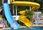 Camping avec Ambiance club Landes - Club Famille Lou Pignada-3