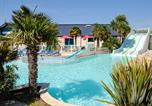 Camping avec Piscine Hirel - Emeraude-4