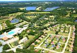 Camping avec Parc aquatique / toboggans Angles - Village de la Guyonnière-1
