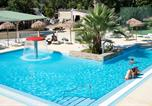 Camping  Acceptant les animaux Rayol-Canadel-sur-Mer - L'Argentière-1