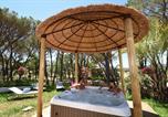 Camping avec Quartiers VIP / Premium Var - La Baume-4