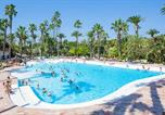 Camping avec Ambiance club Cannes - La Baume-1