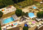Camping avec Ambiance club Beauville - La Bouquerie-1