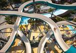Camping avec Quartiers VIP / Premium Naujac-sur-Mer - La Pinède-3