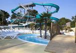 Camping avec Quartiers VIP / Premium Naujac-sur-Mer - La Pinède-4