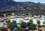Camping avec Quartiers VIP / Premium Ruoms - La Plage Fleurie-3