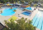 Camping avec Club enfants / Top famille Saint-Privat-de-Champclos - La Plage Fleurie-2