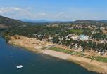Camping avec Site de charme Chamalières-sur-Loire - La Plage Fleurie-4