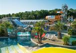 Camping avec Parc aquatique / toboggans Luçon - Club Les Brunelles-1