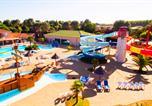 Camping avec Parc aquatique / toboggans Bretignolles-sur-Mer - Les Dauphins Bleus-2