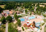 Camping avec Piscine Nesmy - Domaine des Forges-1