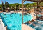 Camping avec Ambiance club Narbonne - Les Sablons-2