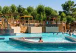 Camping avec Ambiance club Narbonne - Les Sablons-3