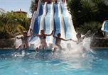 Camping avec Parc aquatique / toboggans Brousses-et-Villaret - Les Tropiques-4