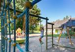 Camping avec Ambiance club Maine-et-Loire - Parc de Montsabert-3