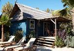 Camping avec Hébergements insolites Cannes - Les Prairies de la Mer-4
