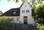 Location vacances Oevenum - Altes Schulmeisterhaus-1