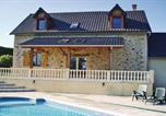 Location vacances Savignac-Lédrier - Holiday Home Saint Mesmin with a Fireplace 04-1