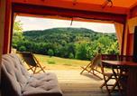 Camping en Bord de rivière Sainte-Sigolène - Camping Pierrageai-2