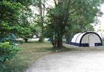 Camping  Acceptant les animaux Champs-Romain - Camping de l'Ilot-4