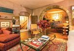 Location vacances Vallgorguina - Six-Bedroom Holiday Home in Sant Iscle de Vallalta-2