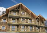Location vacances Albiez-Montrond - Résidence Le Hameau des Aiguilles