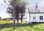 Location vacances Florø - Holiday home Rognaldsvåg Indre Reksta-1