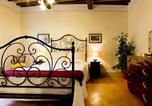 Location vacances Montalcino - Suite Downtown Montalcino-1