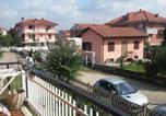 Location vacances Leinì - Volpiano Appartamento-1
