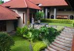 Location vacances Bogor - Villa Dewi Sri-3