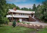 Location vacances Ruidoso Downs - Blue Bear Retreat Eight-bedroom Holiday Home-2