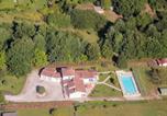 Location vacances Saint-Quentin-de-Caplong - Sablat 8p-1