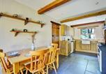 Location vacances St. Florence - Chestnut Cottage-4
