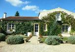 Location vacances Saint-Pardoult - Jardine de l'eglise-1