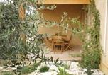 Location vacances Bassan - Three-Bedroom Holiday Home in Boujan-Sur-Libron-3
