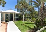 Location vacances Surfers Paradise - Hi Surf Beachfront Resort Apartments-4