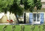 Location vacances La Roque-sur-Pernes - Maison De Vacances - L Isle-Sur-La-Sorgue-1