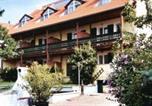 Location vacances Langenlois - Appart-Hotel Burger-1