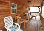 Location vacances Jim Thorpe - Hh32 Streamfront Log Cabin located in Hickory Hills Home-3