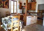 Location vacances Saint-Sernin-du-Plain - Holiday home Epertully I-757-2