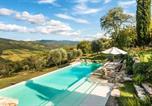 Location vacances Radda In Chianti - Camporempoli 105909-11094-1