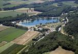Camping avec Piscine Châteauneuf-de-Galaure - Domaine du Lac de Champos-3